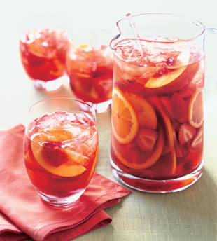 White Peach Sangria | EventTagious Daily Inspiration Blog