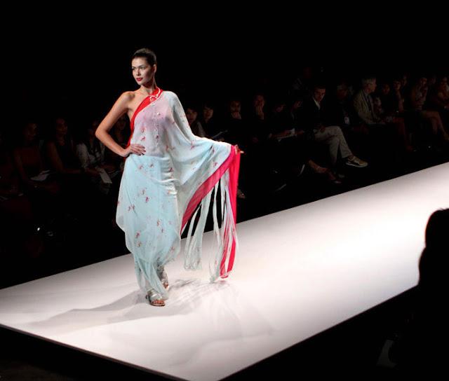 sexy indian sari