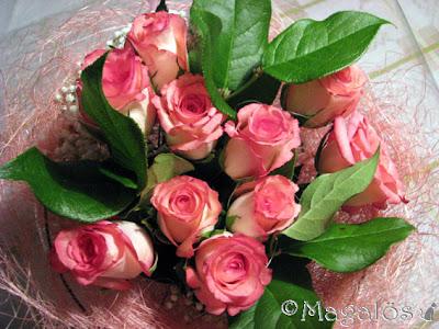 En underbar rosa rosbukett.