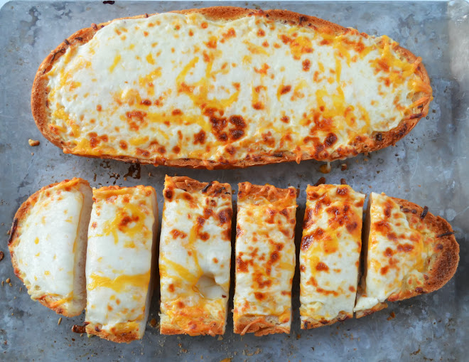 Colts-Cheesy-Garlic-French-Bread-Bake.jpg