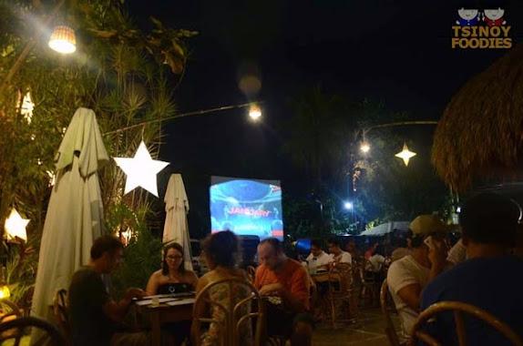 kinabuchs grill and bar puerto princesa