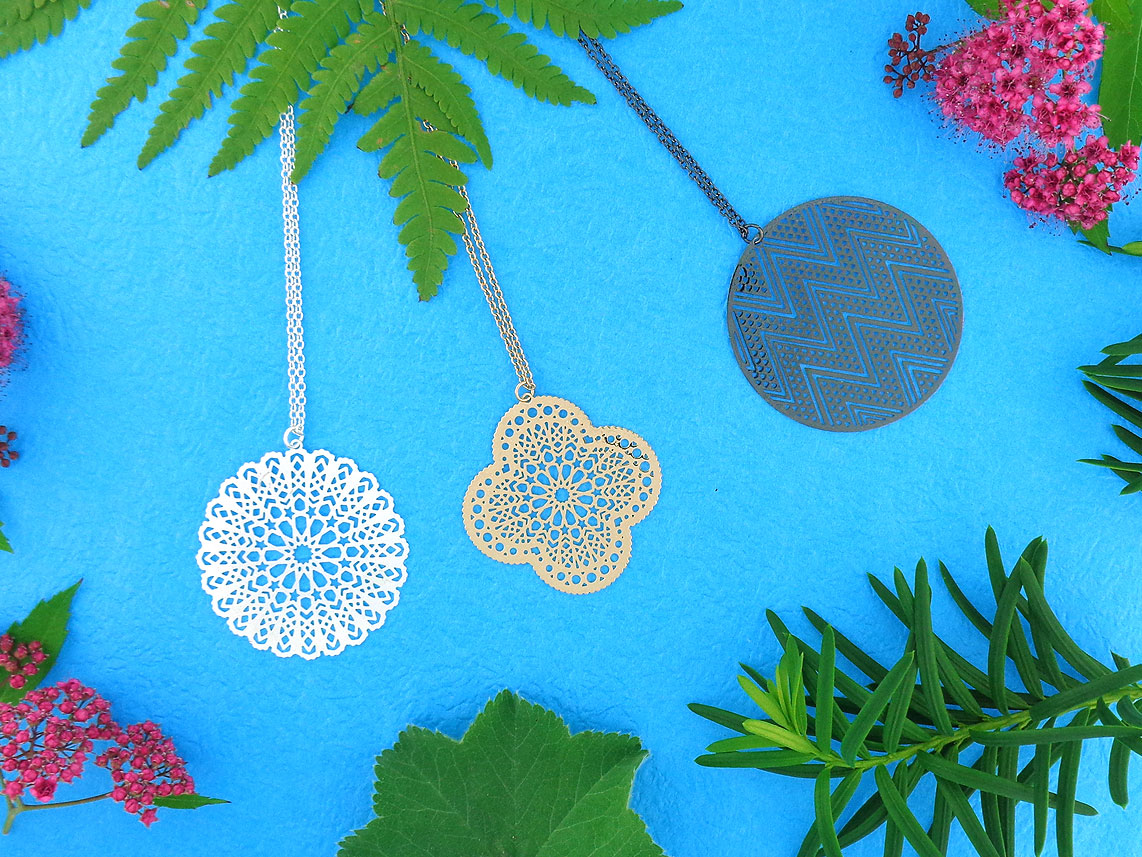 LAVISHY filigree pendant necklaces. Wholesale available at www.lavishy.com