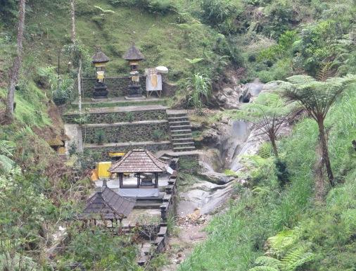 Pura Tirta Pingit Besakih Bali, Tirta Pingit Temple Besakih Bali