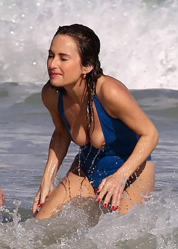 Giada De Laurentiis bares nipples during Miami beach outing