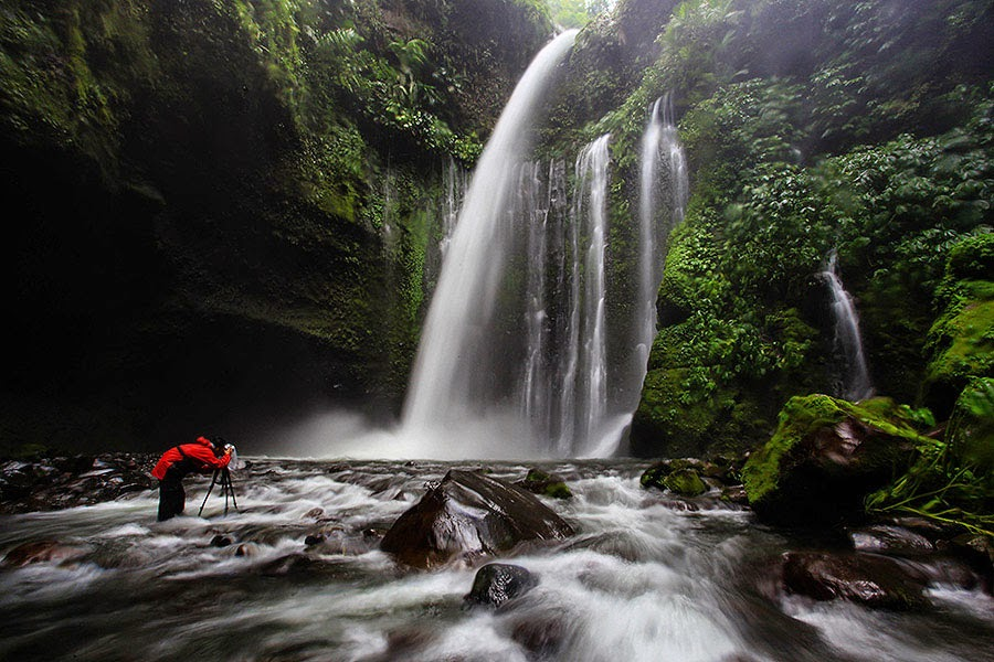 Bath ffter trekking Mount Rinjani visit Tiu Kelep Waterfalls at Senaru Village