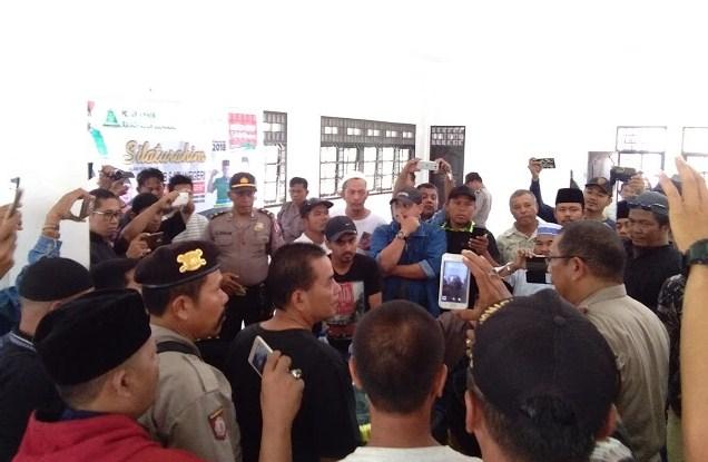 Massa Bubarkan Kirab Satu Negeri Ansor Di Tanjungpura