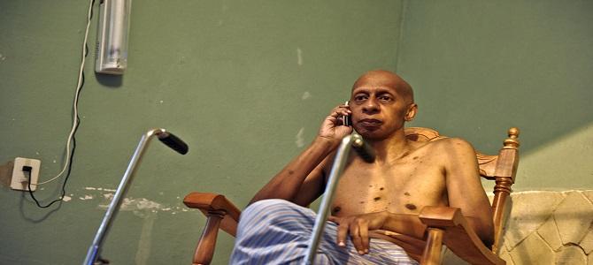 Guillermo Fariñas levanta huelga de hambre