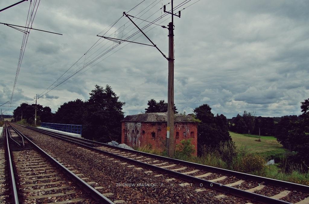 Tomaryny. Fortyfikacje ochrone mostu kolejowego