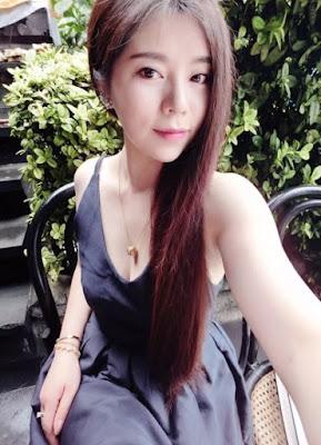 Model Asal China Habis Berenang Langsung Saja Tampil Bugil di Kamar Ganti