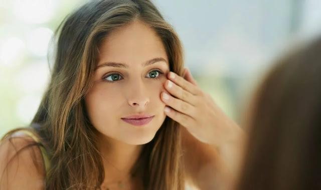 6 Hal yang Mesti Kamu Lakukan Sebelum Mencoba Skincare Baru