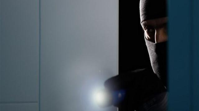 Σύλληψη 24χρονου στο Ναύπλιο για κλοπή - Αποπειράθηκε να κλέψει ακόμα τέσσερα σπίτια και μια επιχείρηση