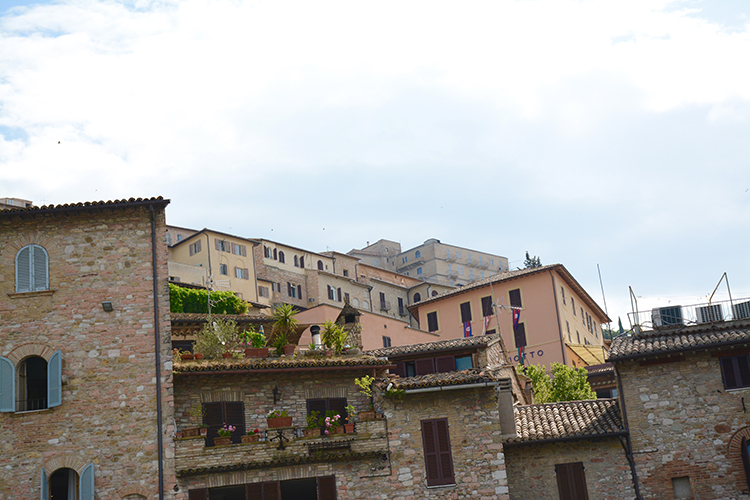 Travel: Assisi, Italy | My Darling Days