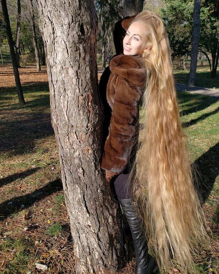 The Ukrainian Rapunzel, Alena Kravchenko
