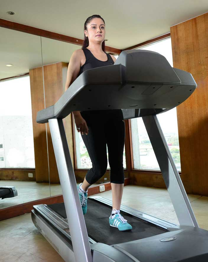 Poonam Kaur In Gym