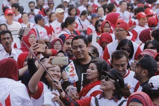 Ribuan Alumni SMA - SMK Semarang Bersatu Coblos Jokowi