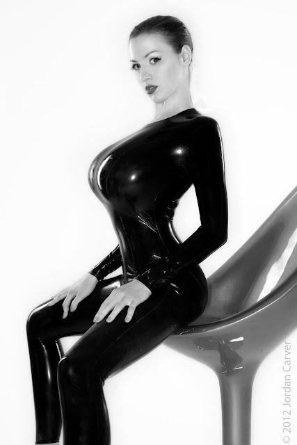 Jordan-Carver-Sandine-Hot-Photoshoot-in-Catsuit-356320