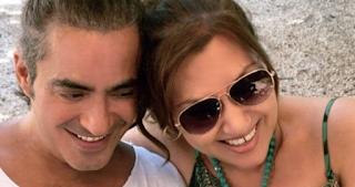 22 χρόνια γάμου για Καίτη Γαρμπή-Διονύση Σχοινά και το γιόρτασαν με αυτή τη φωτό