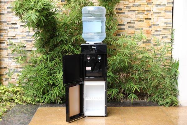 Một số hình ảnh cây nước nóng lạnh FujiE WD1700C giá rẻ