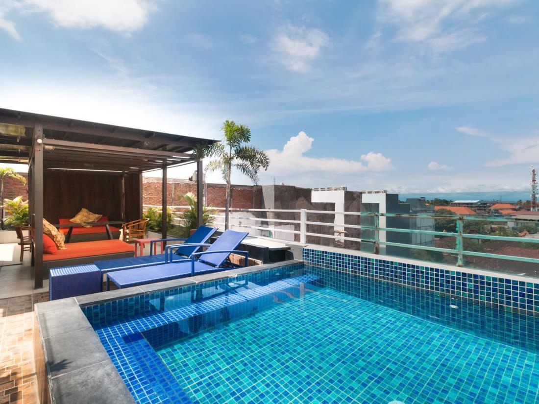 A Residence Kuta Bali 31