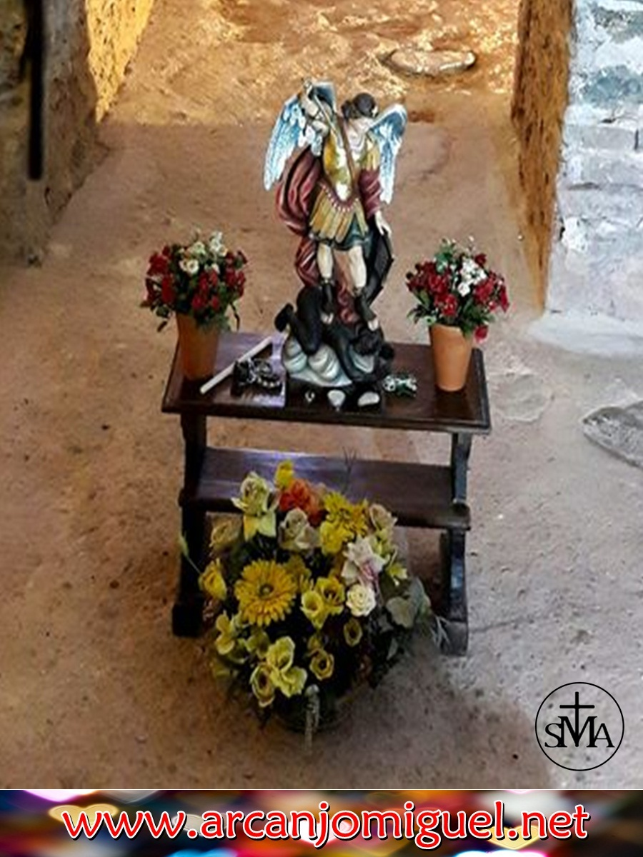 VISITE: www.arcanjomiguel.net