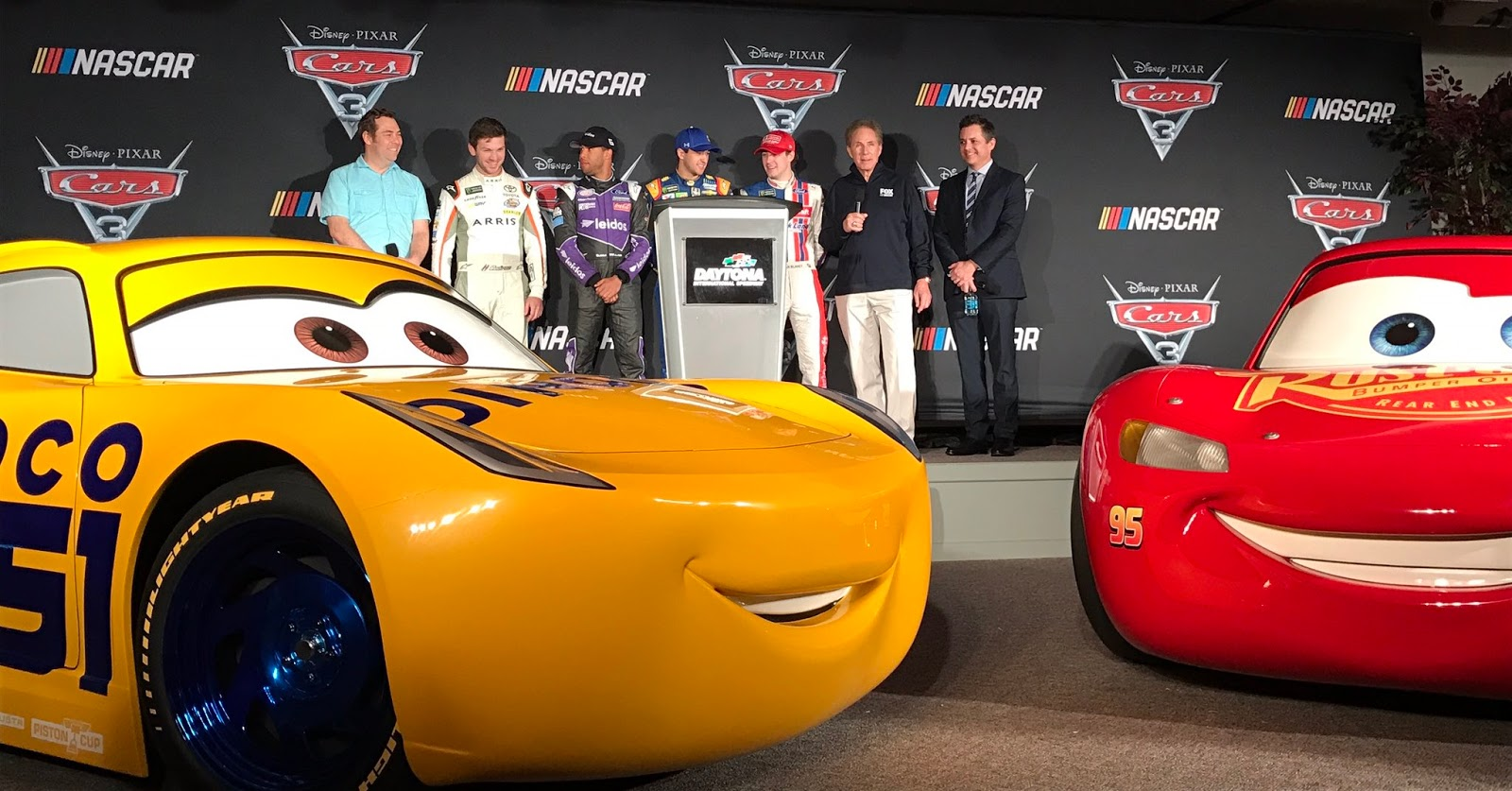 Cars 3 News Nascar Press Event Unveils Life Size Dinoco Cruz