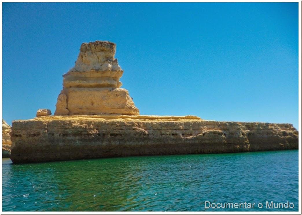 Leixão do Submarino;  Praias Algarve; Férias Algarve; Grutas Marinhas no Algarve; Sea Caves Algarve; Grotten Fahrt Algarve
