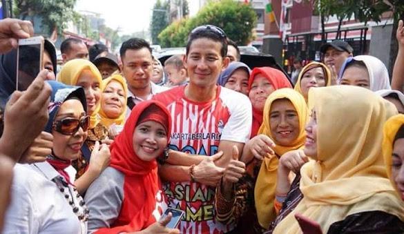 'Emak-emak' Prabowo-Sandi Dinilai Lebih Ngetren Dibanding Jokowi