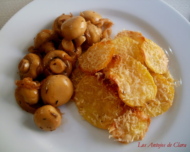 Patatas al horno con queso parmesano