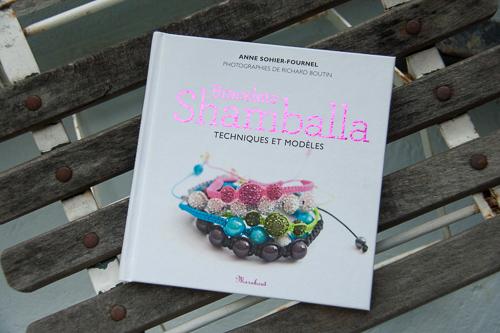 Bracelets Shamballa, technique et modèle. Anne Sohier-Fournel. Editions Marabout.