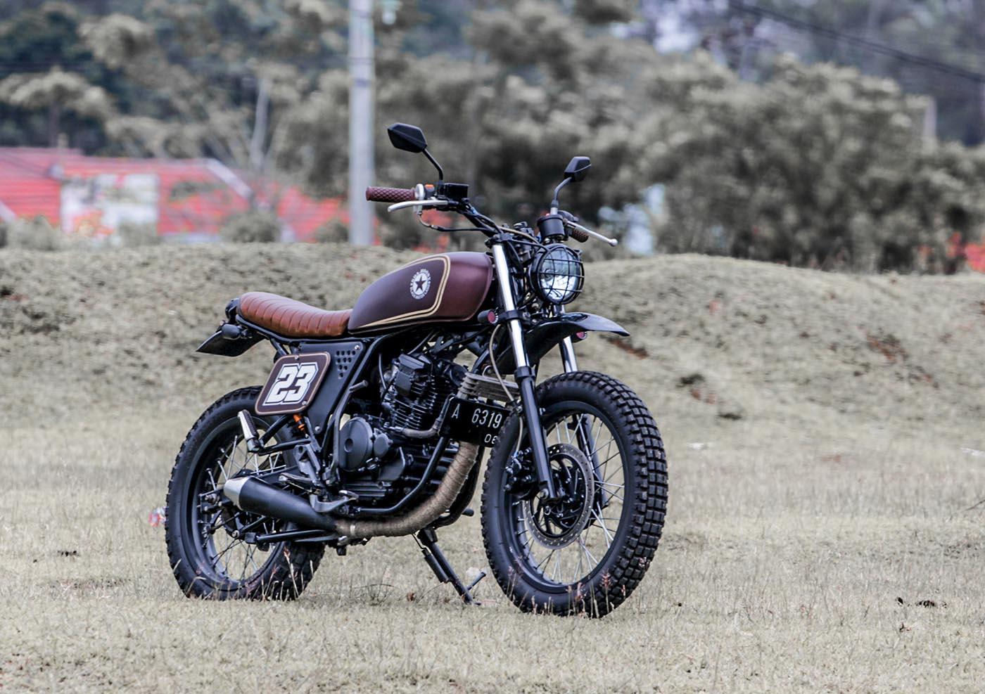 Yamaha Scorpio Modifikasi Custom Tracker