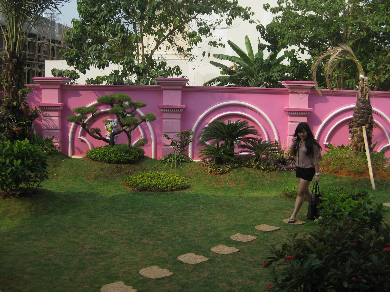 Lihat Rumah Hello Kitty Pink Story Hello Kitty House
