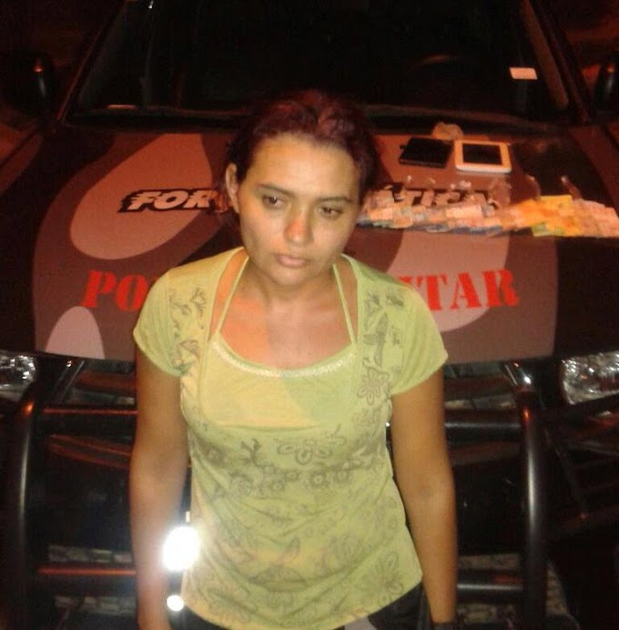 """CAXIAS: Força Tática prende mulher com 20 pedras de crack """"dentro da boca"""""""