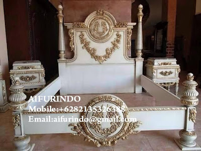 "Classic bedroom white painted with gold leaf code A318""Classic French Furniture"" Aifurindo ""sell Classic Furniture""and  ""Antique reproduction Mahogany""CLASSIC BED ROOM FRENCH STYLE WITH WHITE PAINTED AND CARVED GOLD LEAF DESIGN CLASSIC RACOCO AND BAROQUE"