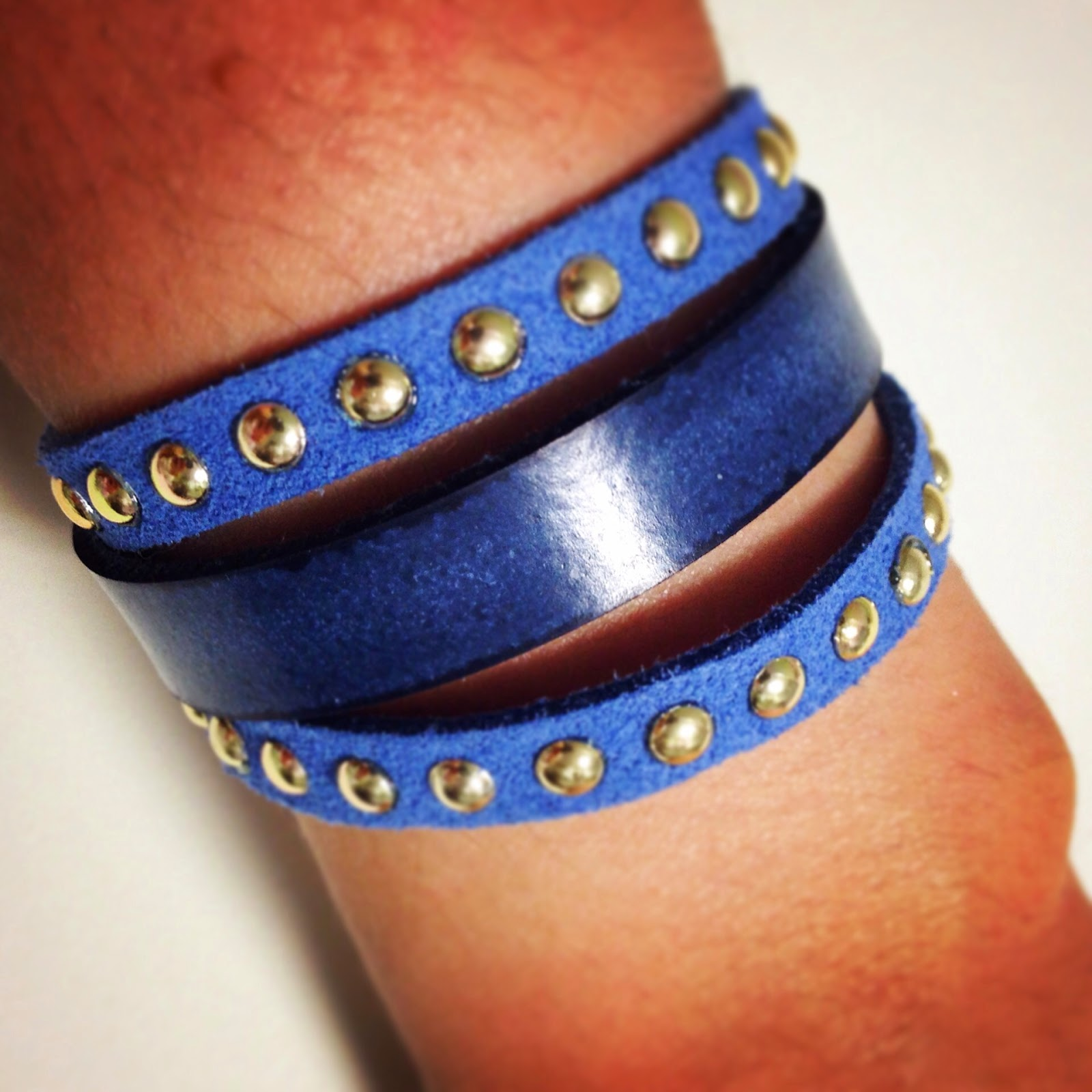 pulseras cuero artesanal