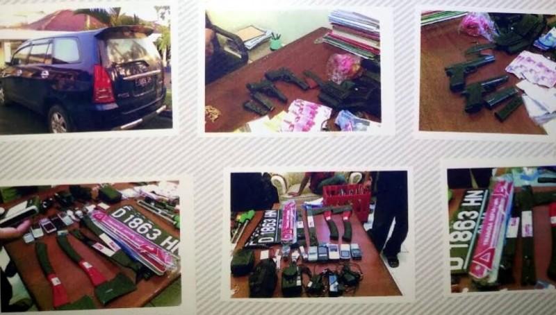 Senjata dan barang bukti yang diamankan dari tangan Ramlan Cs di Sukabumi