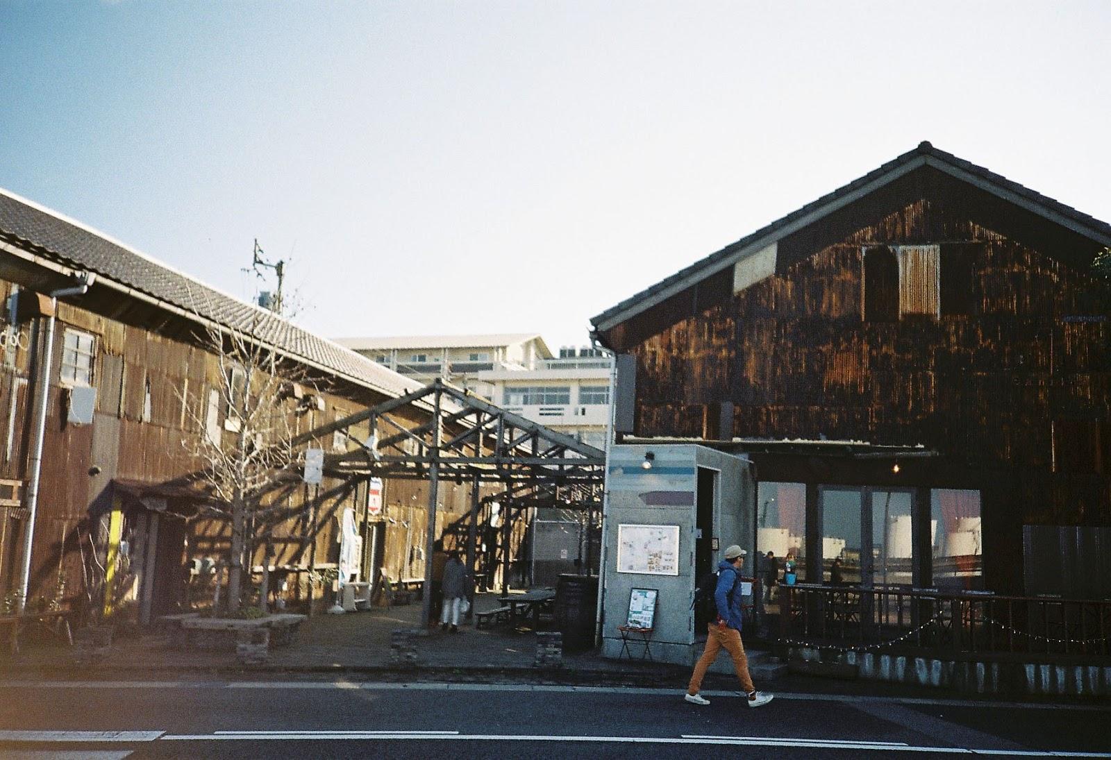 sasa chiang:: 【高松】umie。北浜alley‧倉庫裡的咖啡店
