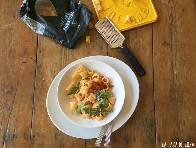 pasta-Delverde-con-salchichas-y-tomate