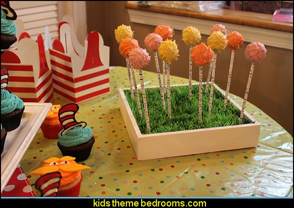 dr seuss party decorating Plastic Grass Mats party props
