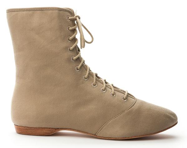 Regency Nankeen Boots