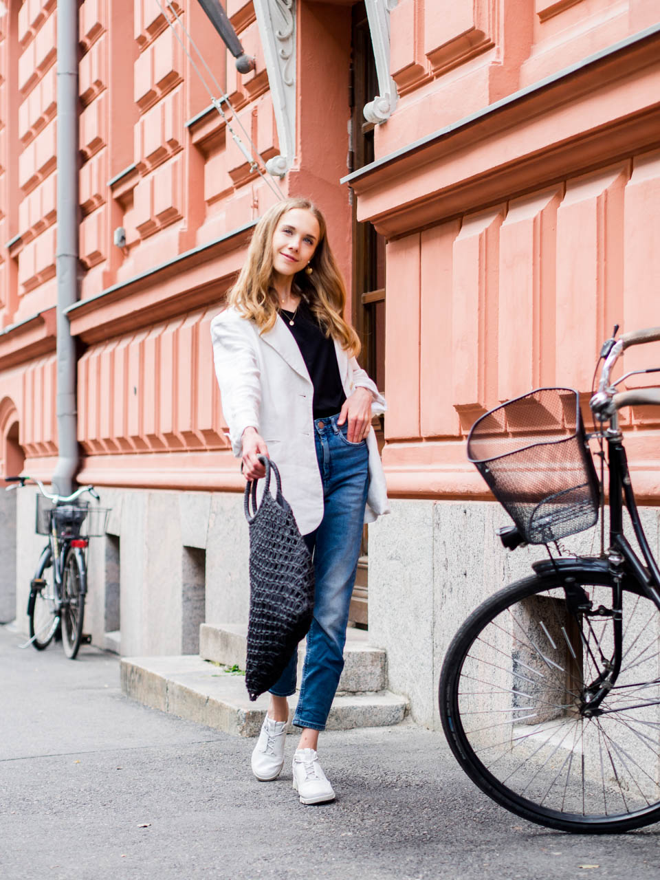 denim-girl-outfit-streetstyle-scandinavia-fashion-blogger