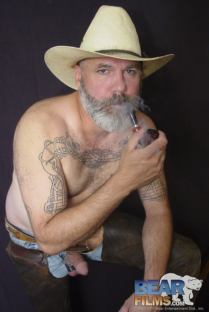 from Maximus gay pipe smoker