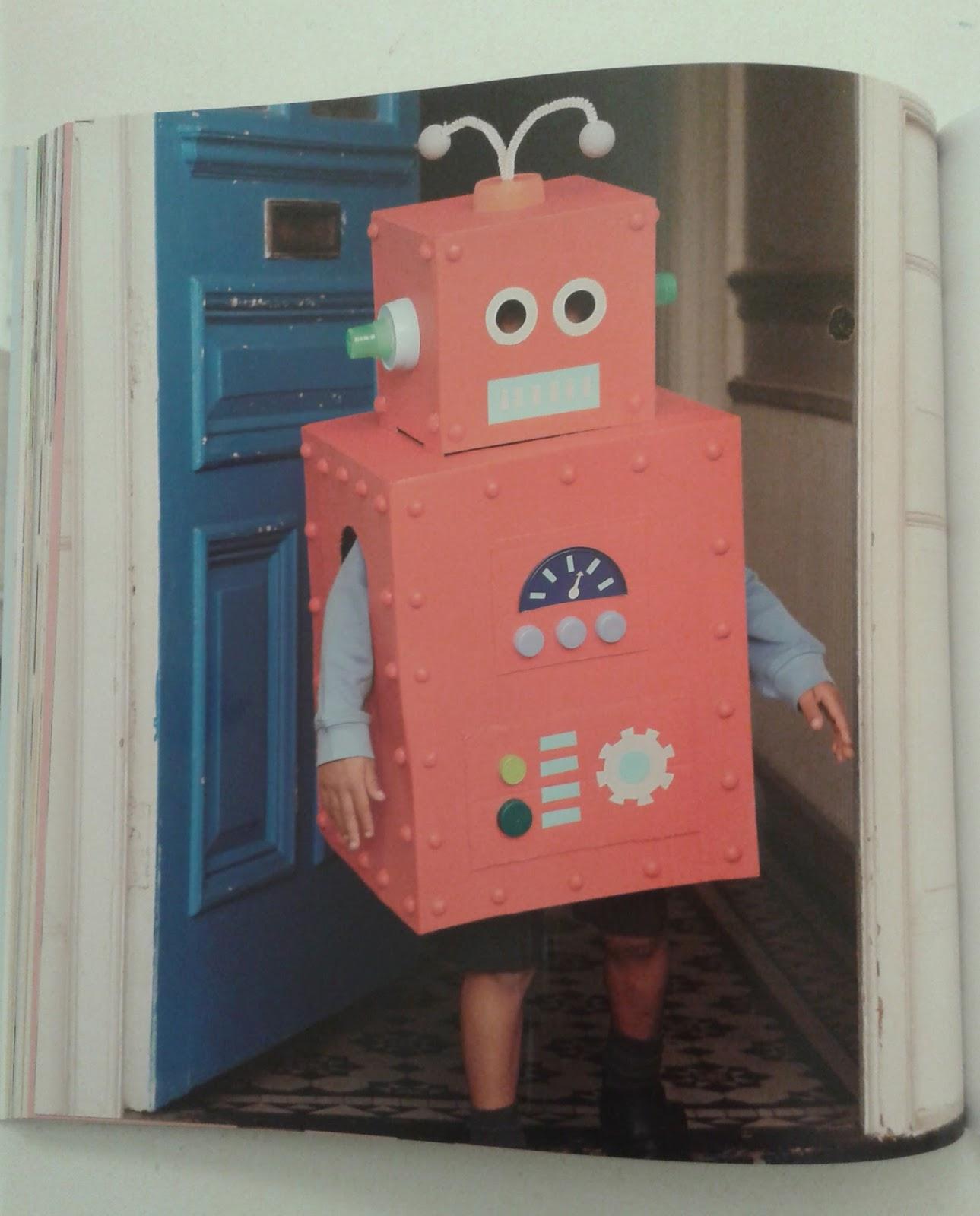 sweet vintage disfraz de robot con material reciclado y adi s a mi m quina de coser. Black Bedroom Furniture Sets. Home Design Ideas
