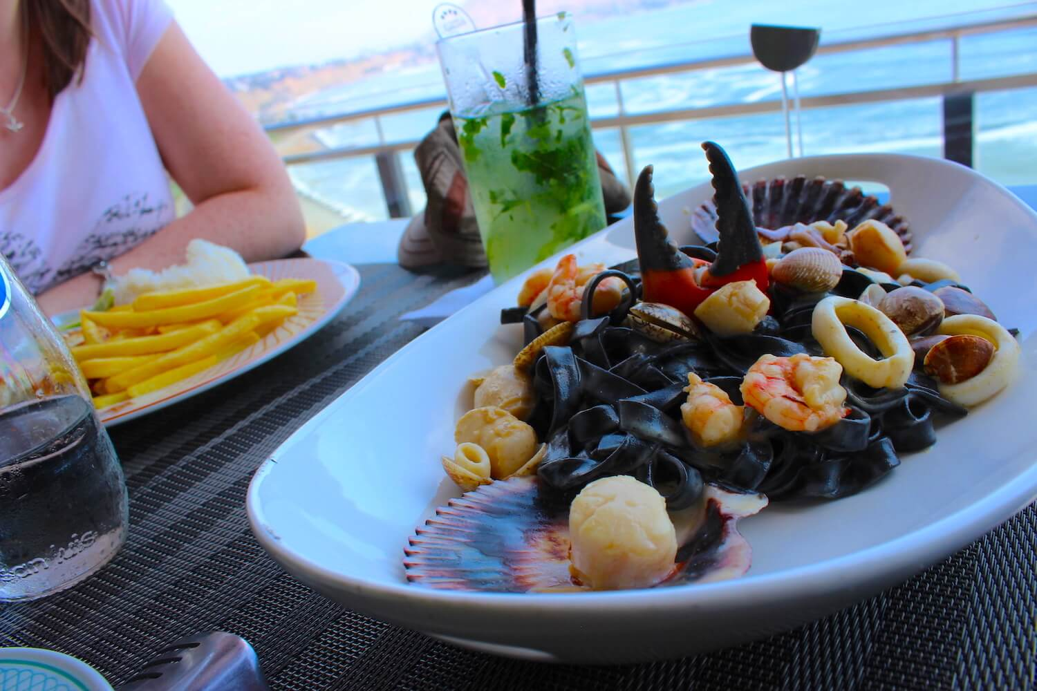 black pasta with view in vivaldino