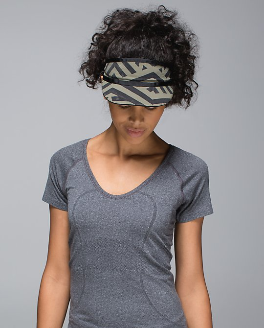 lululemon perfect-pace-visor