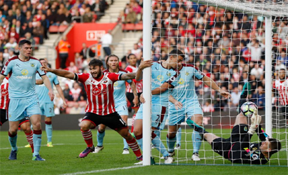 Charlie Austin scored twice to help Southampton up to eighth place in the Premier League with a 3-1 triumph over Burnley