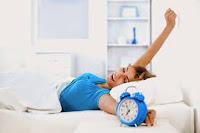 Δεν το έχεις με το πρωινό ξύπνημα; Δες πώς θα ξυπνάς νωρίτερα και πιο εύκολα!