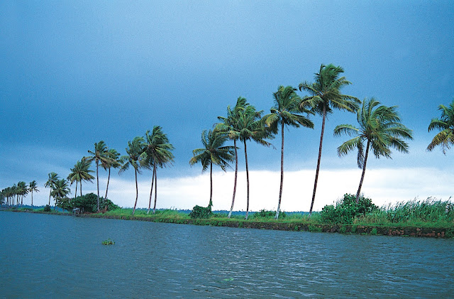 Kerala tourist places wallpapers