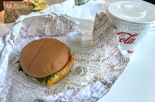 HESBURGER-Estonia-cheese burger