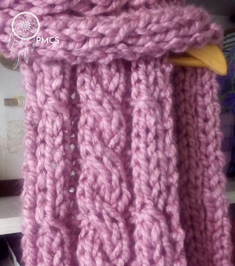 Detalhe das cordas no cachecol com fio Liverpool