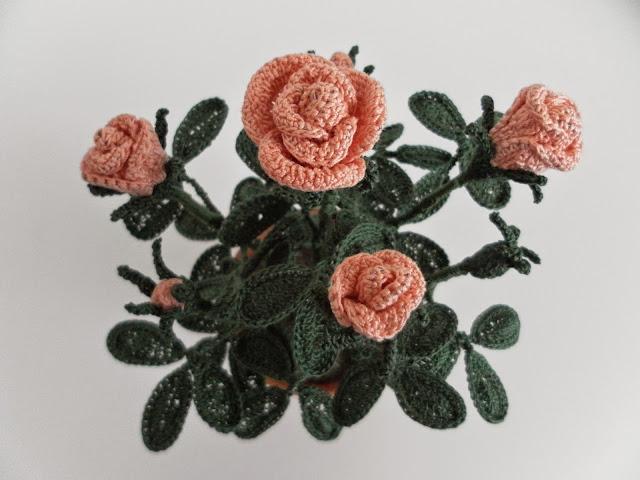 Il blog di sam how to crochet a little rose for Il blog di sam piante grasse